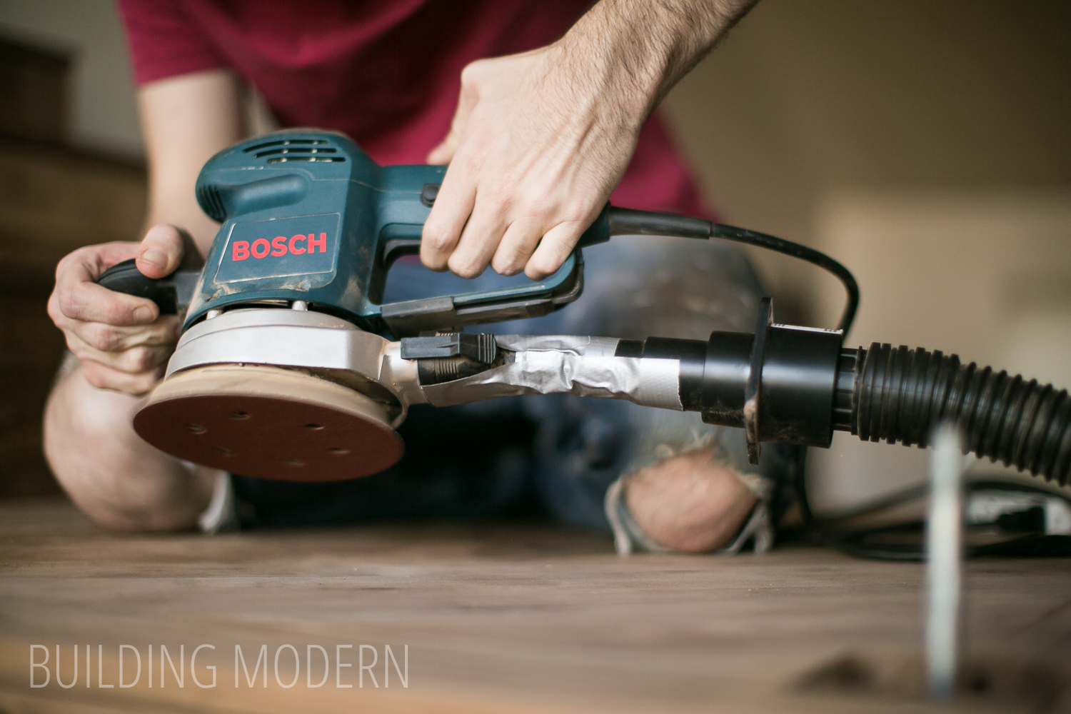 using a bosch random orbital sander