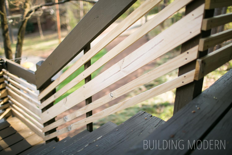 Modern horizontal random width deck railings